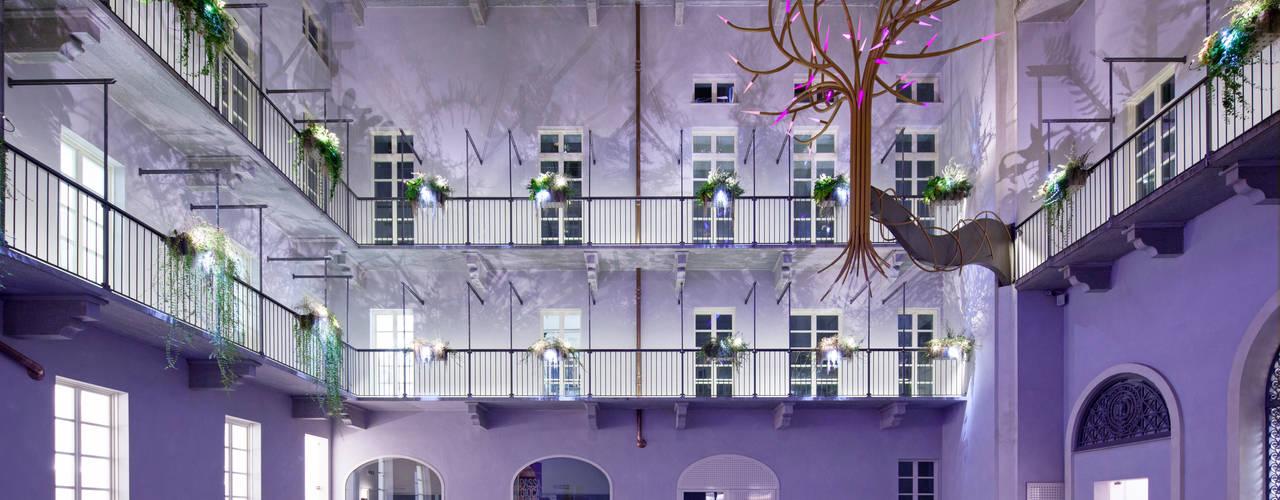 por Building, Moderno