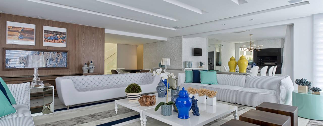 Ruang Keluarga by Samara Barbosa Arquitetura