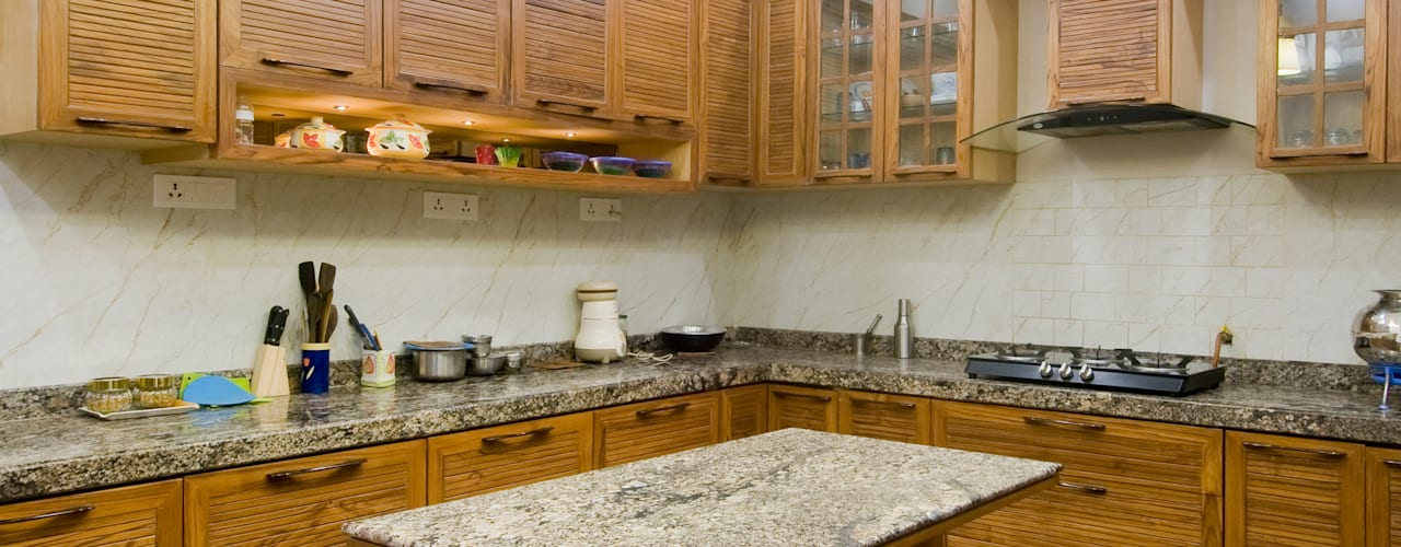 classic kitchen Classic style kitchen by artha interiors private limited Classic