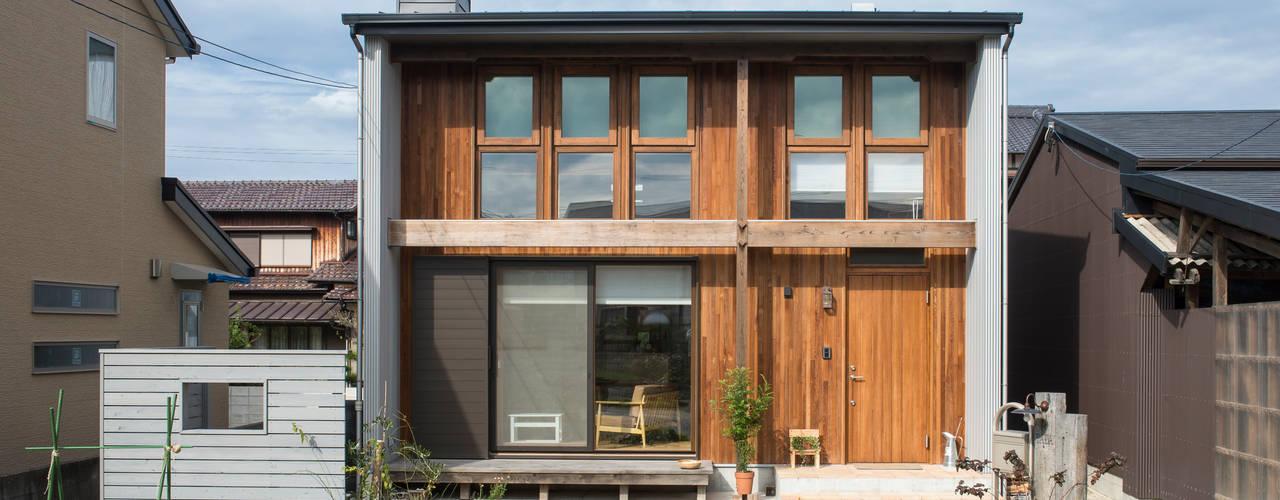 Minimalistische Häuser von Sola sekkei koubou Minimalistisch
