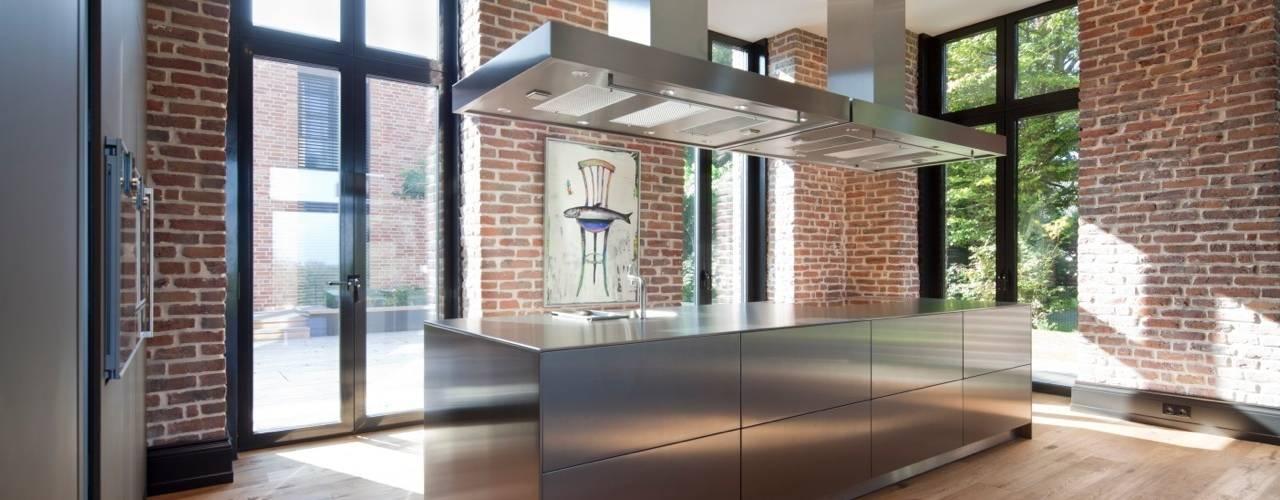 Elegant Innen Und Aussenaufnahmen Einer Villa Im Privatgebrauch: Moderne Küche Von  SONJA SPECK FOTOGRAFIE