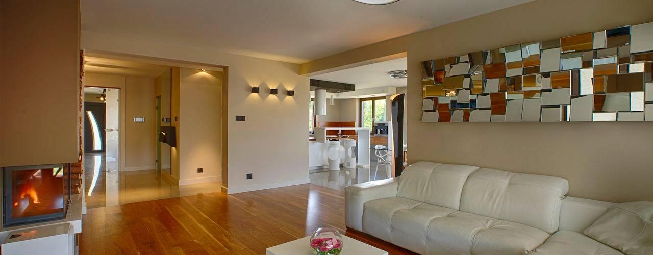 Salas de estar modernas por Studio Projektowe Projektive Moderno