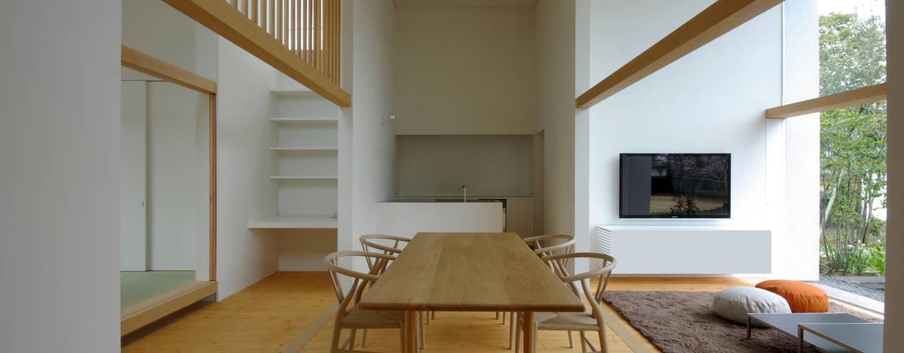 富士宮の家: CASE DESIGN STUDIOが手掛けたダイニングです。