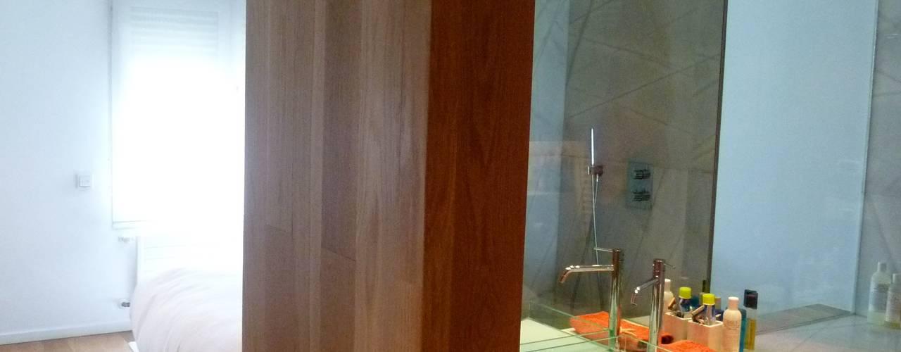 Maroto e Ibañez Arquitectos:  tarz Yatak Odası