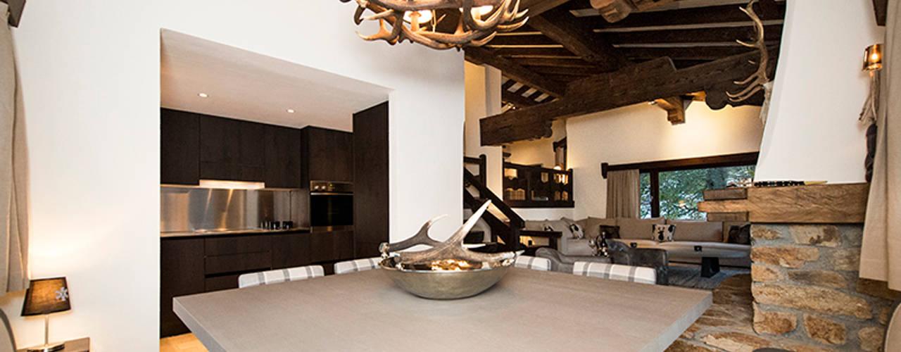 Maisons rustiques par Martinuzzi Interiors Interior Design & Renovations Rustique