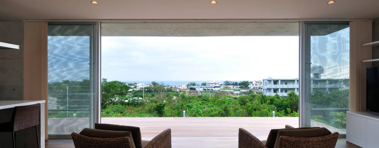 百名の別荘: Ikuyo Nakama Architect Design Officeが手掛けた家です。,モダン