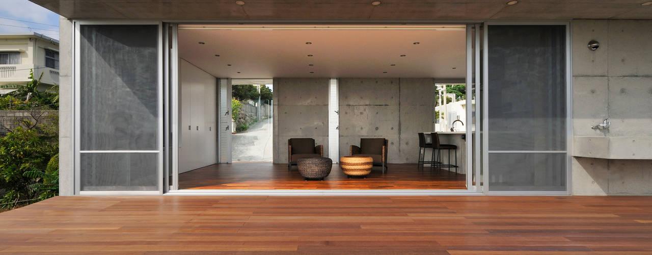 百名の別荘: Ikuyo Nakama Architect Design Officeが手掛けた家です。