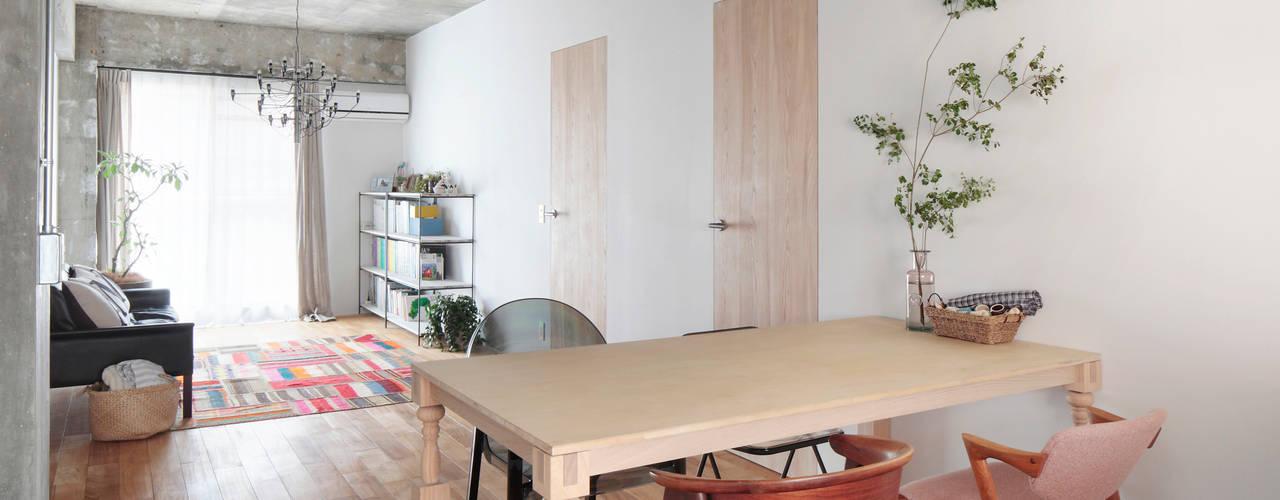 中京区の家 モダンデザインの ダイニング の 一級建築士事務所 こより モダン