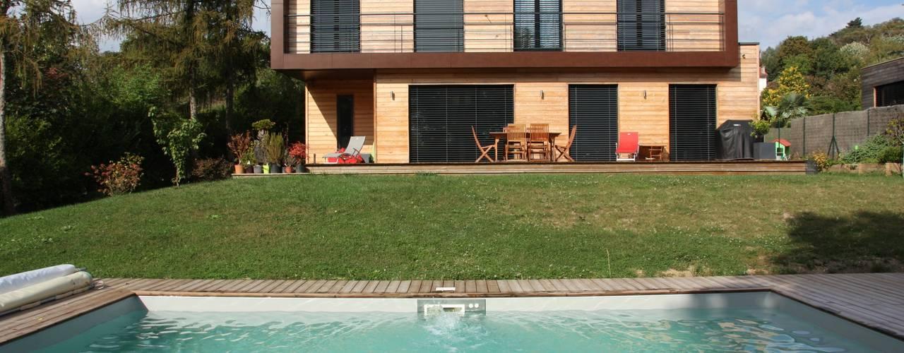 منازل تنفيذ Atelier d'Architecture Marc Lafagne,  architecte dplg, حداثي