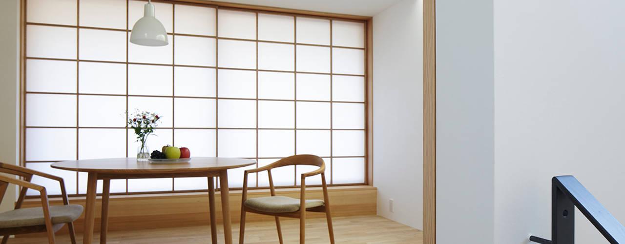 木漏れ日の家: 内田雄介設計室 が手掛けた家です。