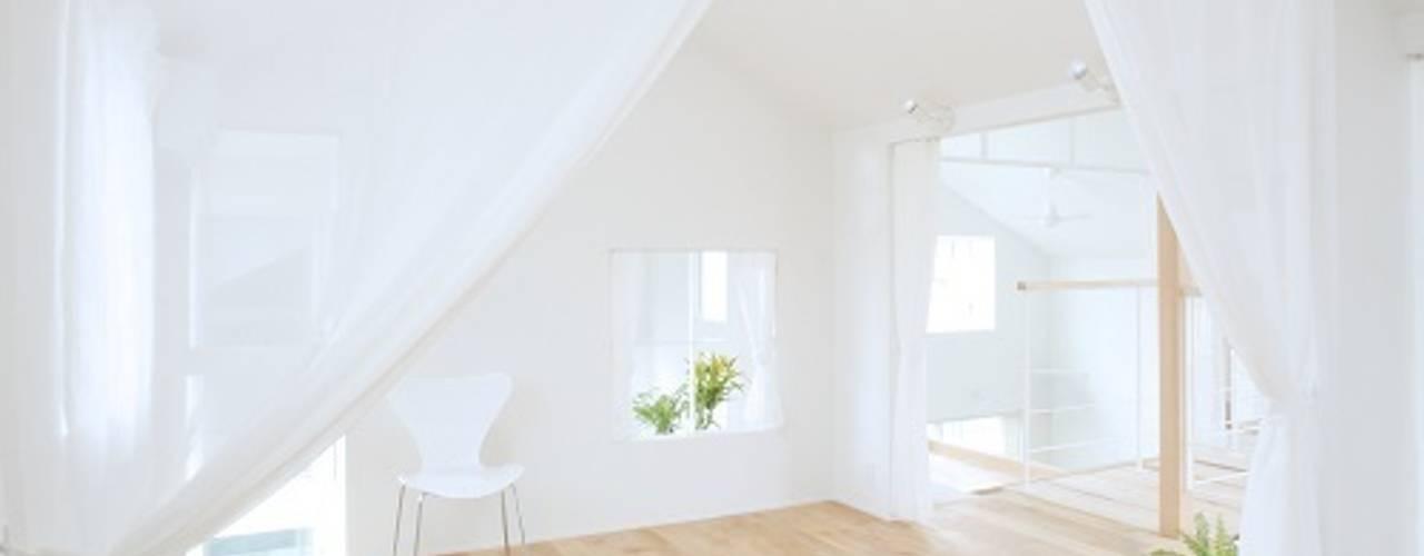 Dormitorios de estilo ecléctico de ALTS DESIGN OFFICE Ecléctico