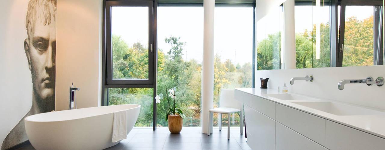 Badeloft - Badewannen und Waschbecken aus Mineralguss und Marmor BathroomBathtubs & showers