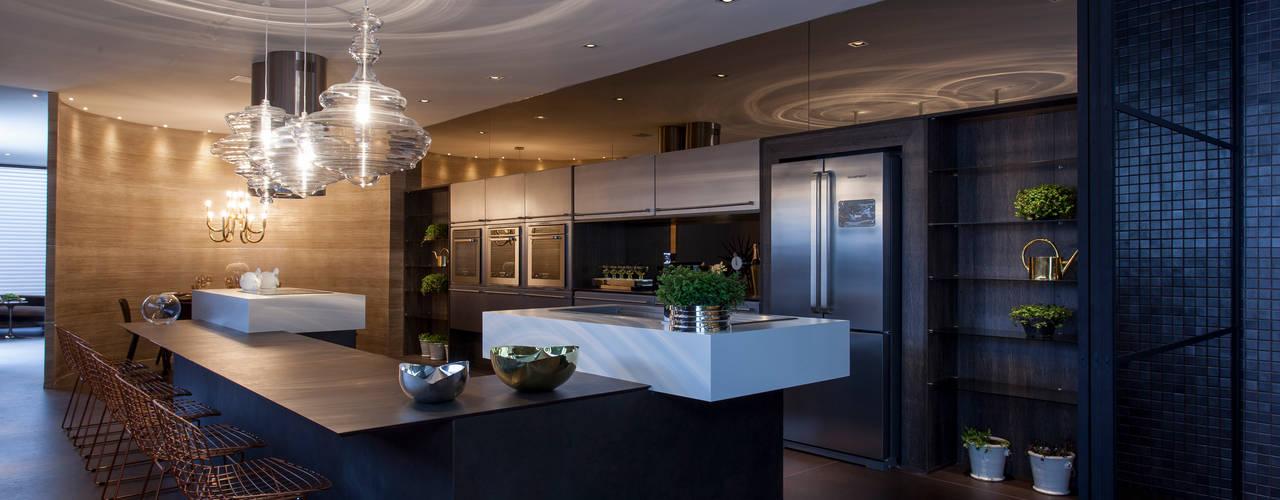 Casa Cor 2014: Cozinhas  por Brunete Fraccaroli Arquitetura e Interiores
