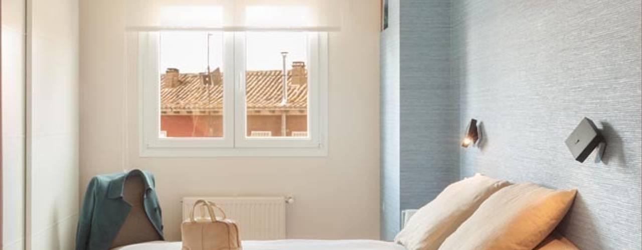 Dormitorios de estilo  por ESTER SANCHEZ LASTRA