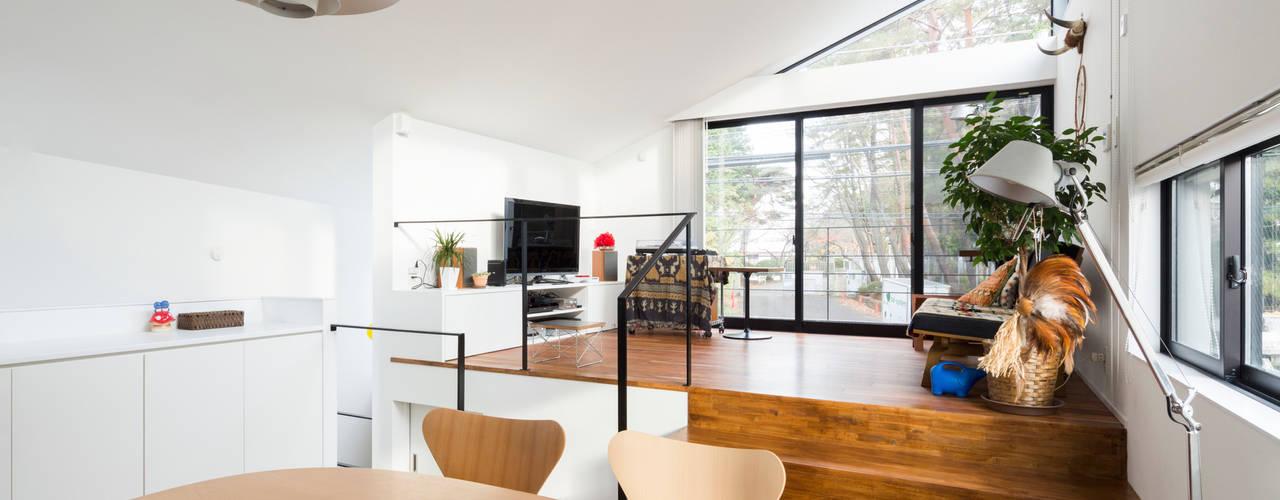 仙川の家 モダンデザインの ダイニング の Studio R1 Architects Office モダン