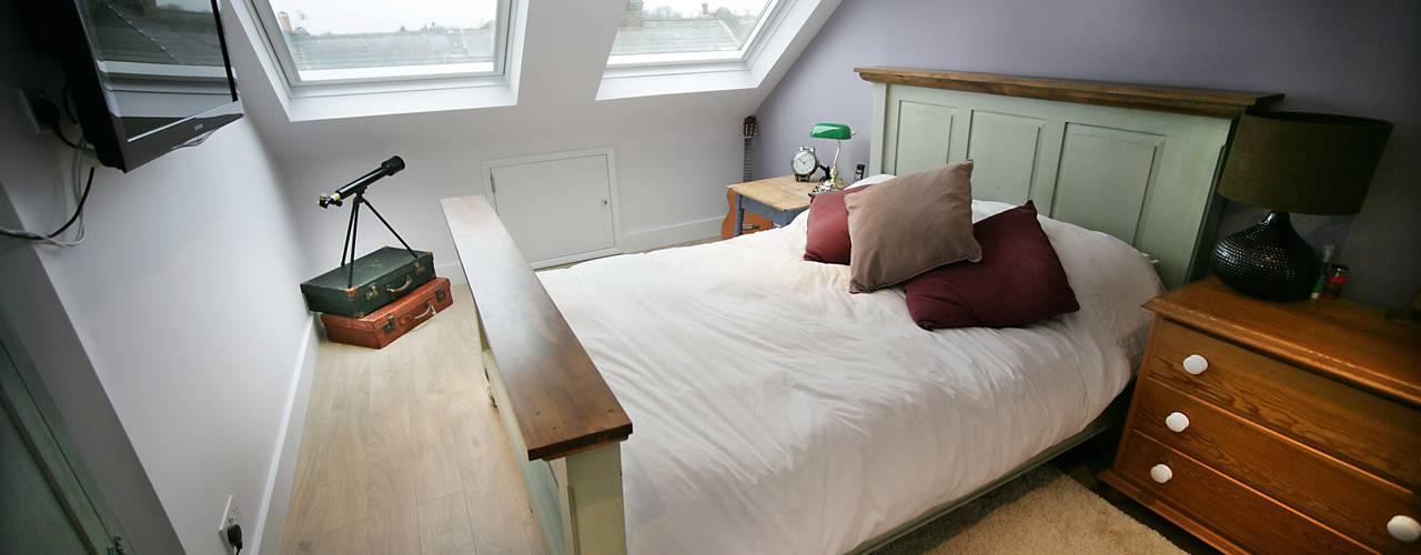 Money Saving Loft and Extension project Спальня в стиле модерн от A1 Lofts and Extensions Модерн