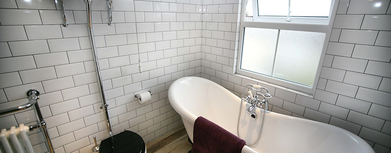 Ensuite Loft Bathroom :   by A1 Lofts and Extensions