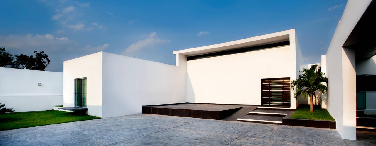 Moderner Balkon, Veranda & Terrasse von Arturo Campos Arquitectos Modern