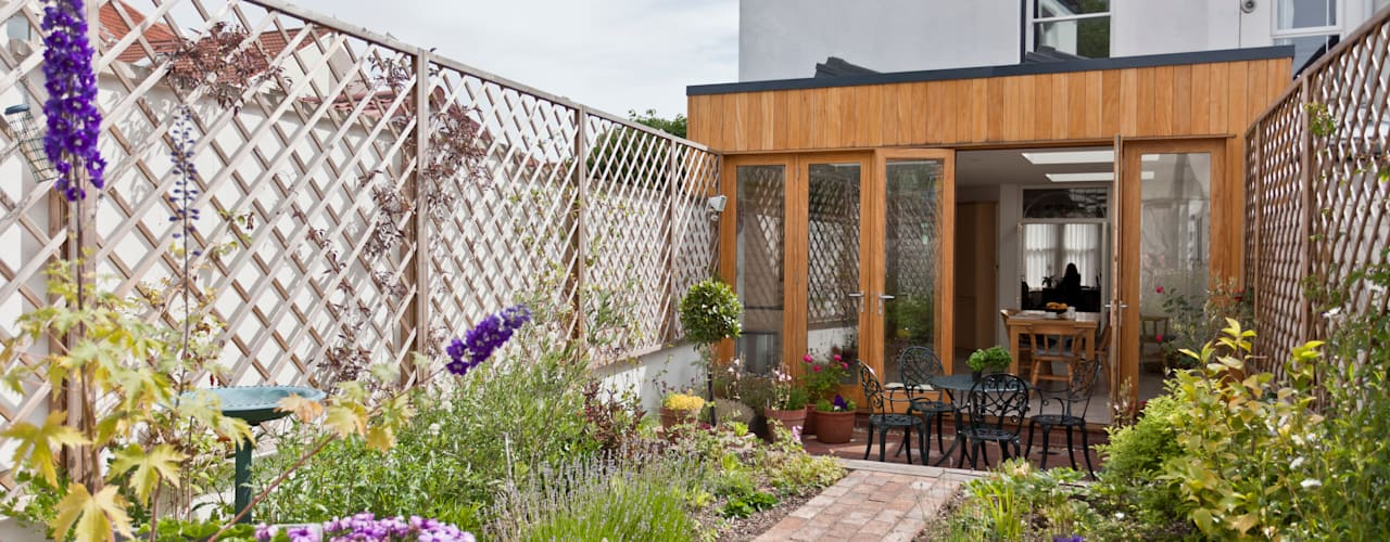 Musician's house in North Bristol Modern style gardens by Dittrich Hudson Vasetti Architects Modern