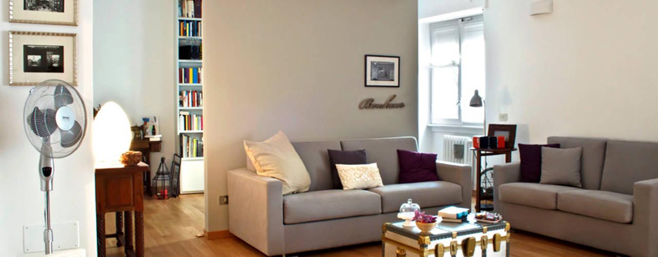 Modern living room by laboMint Modern
