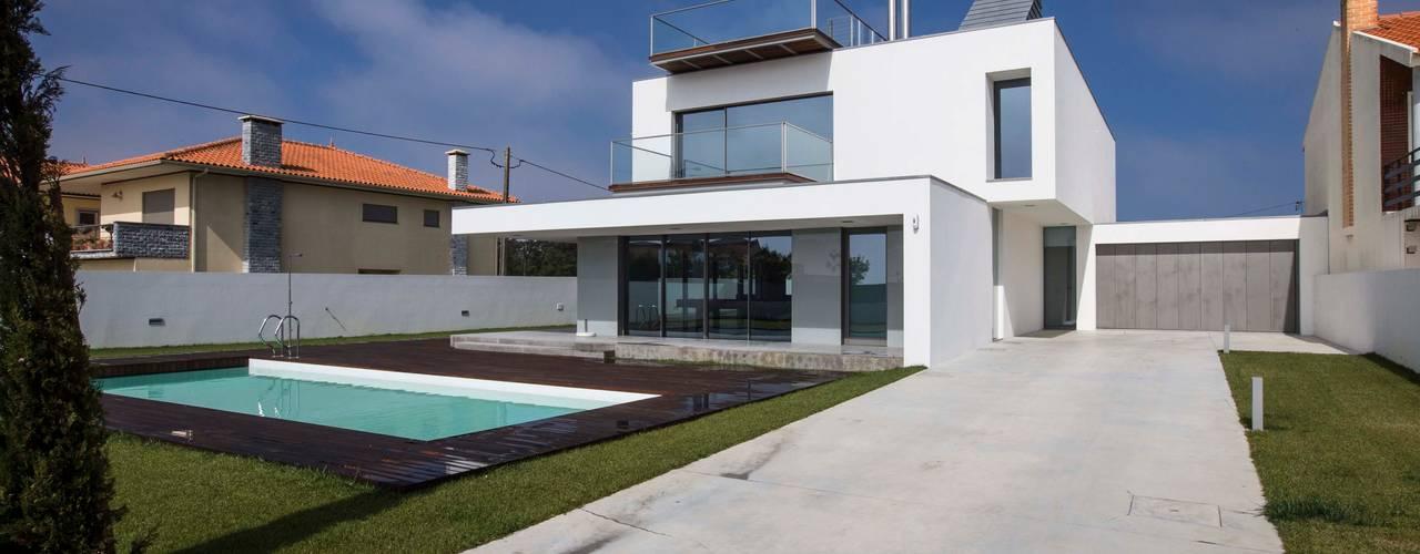 Modern houses by Atelier Lopes da Costa Modern