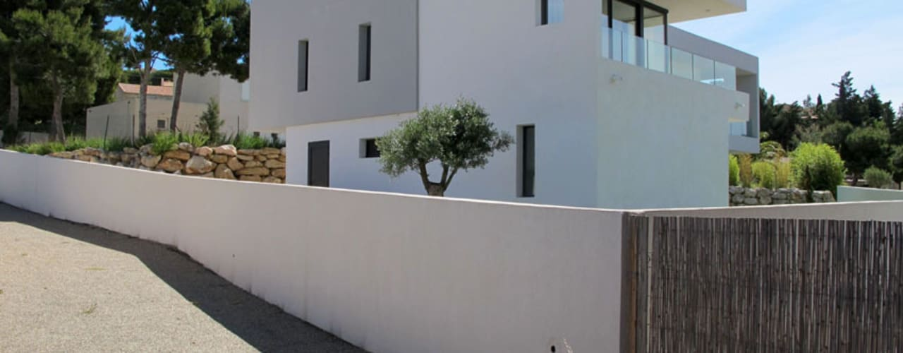 Minimalist house by Christian Fares Minimalist