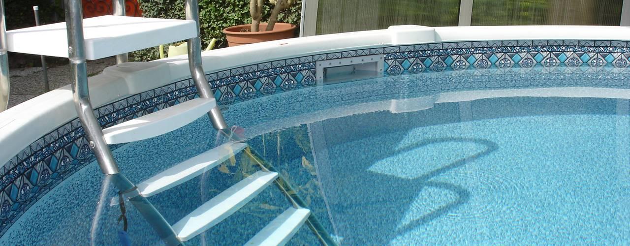 Piscinas de estilo clásico de Pool + Wellness City GmbH Clásico
