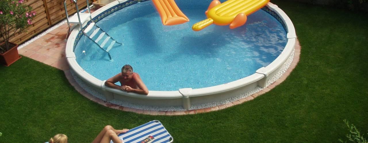 Pool + Wellness City GmbH Piscinas de estilo clásico
