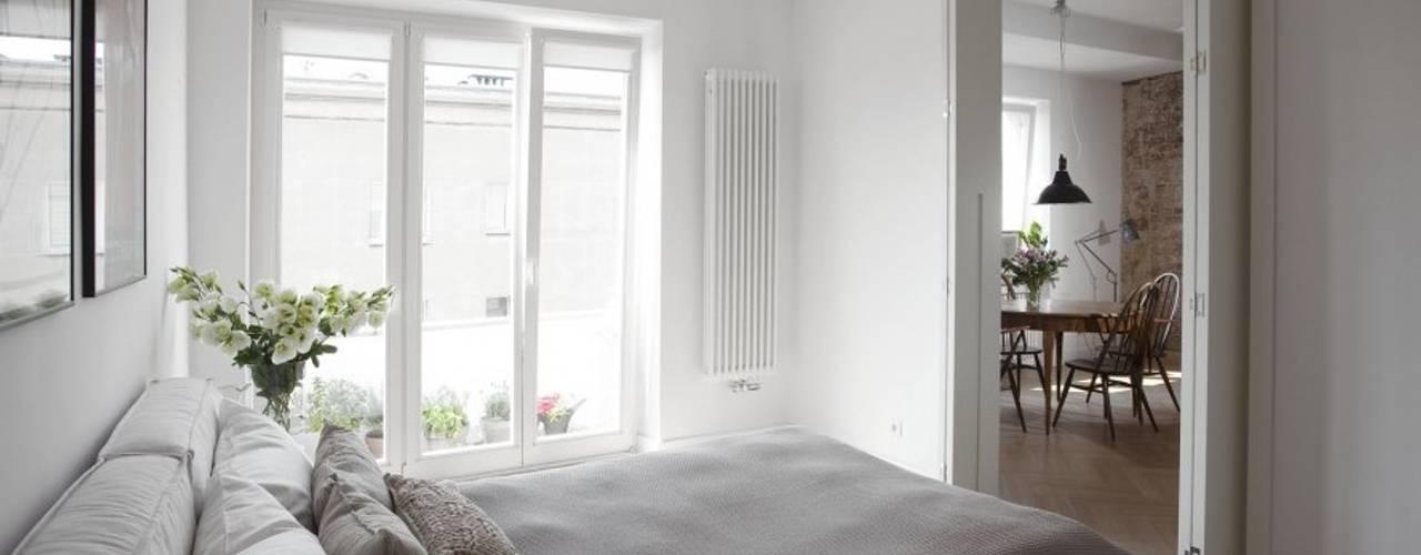 Balcon, Veranda & Terrasse minimalistes par cs Minimaliste