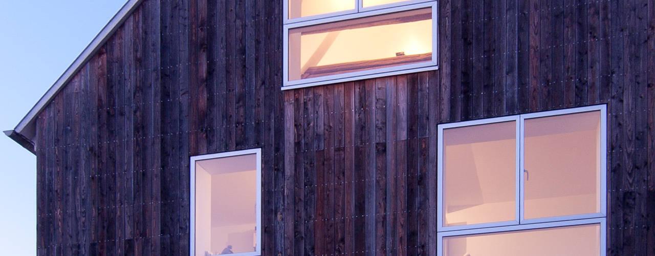 Wohnhaus mit Büro Moderne Häuser von FFM-ARCHITEKTEN. Tovar + Tovar PartGmbB Modern
