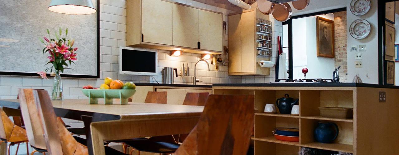 Kitchen by Tom Kaneko Design & Architecture