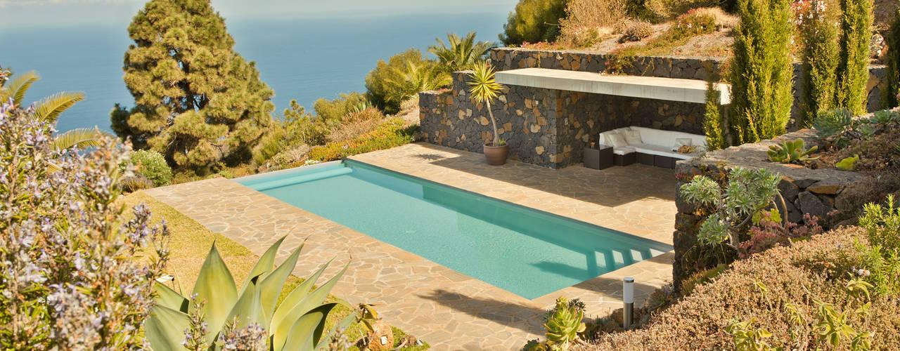 Infinity pool by Lukas Palik Fotografie, Mediterranean