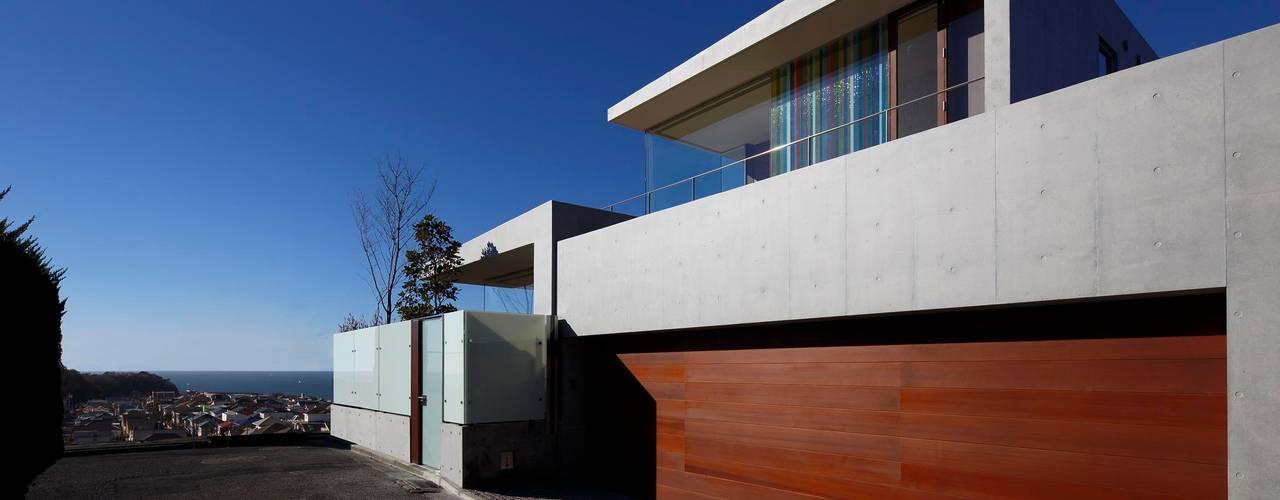 CASA BARCA | 海を眺める豪邸(別荘建築) モダンな 家 の Mアーキテクツ|高級邸宅 豪邸 注文住宅 別荘建築 LUXURY HOUSES | M-architects モダン