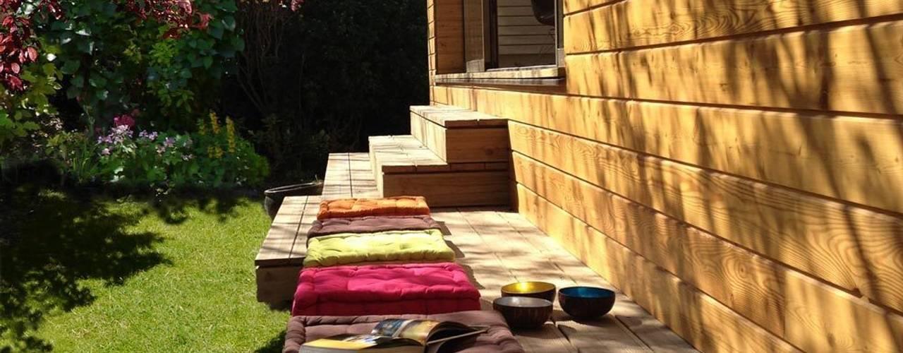 Terrazas de estilo  por MELANIE LALLEMAND ARCHITECTURES