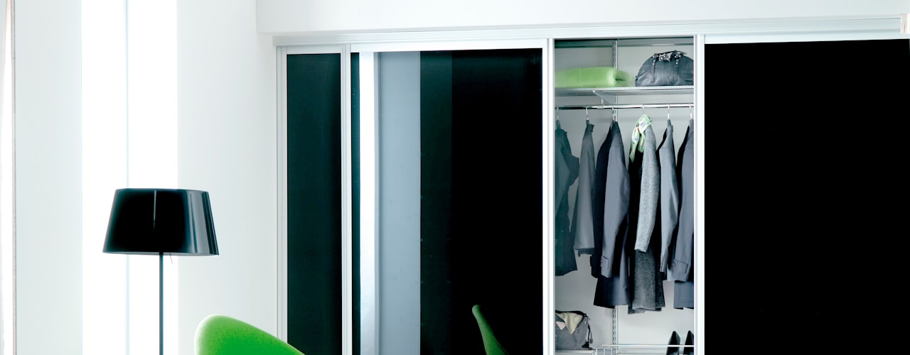 Corredores, halls e escadas modernos por Elfa Deutschland GmbH Moderno