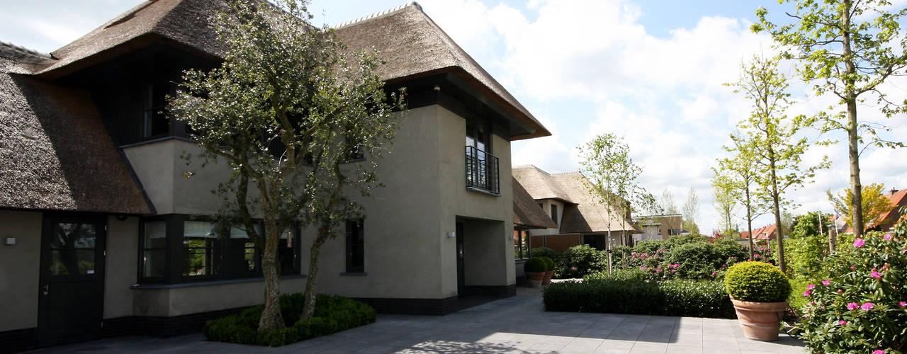 Modern landhuis te Vinkeveen van Building Design Architectuur Modern