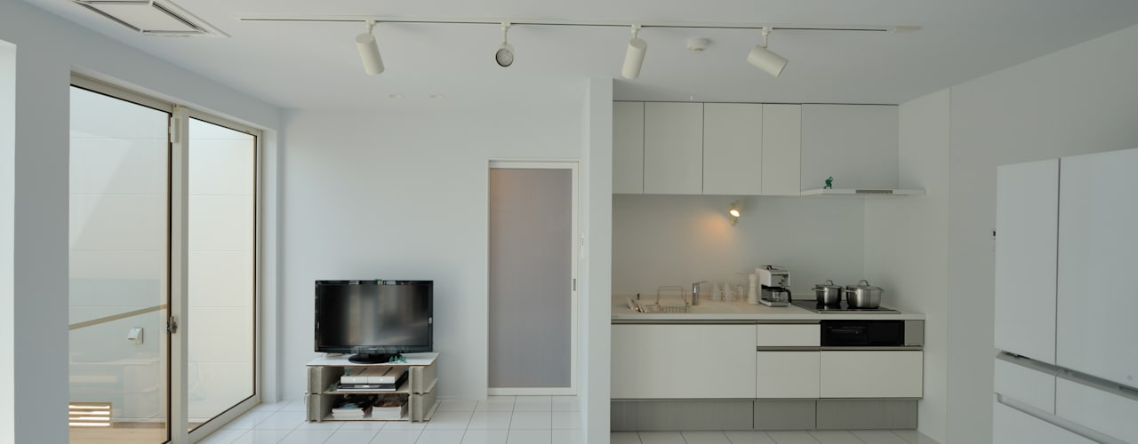 1+n モダンデザインの リビング の 加藤一成建築設計事務所 モダン
