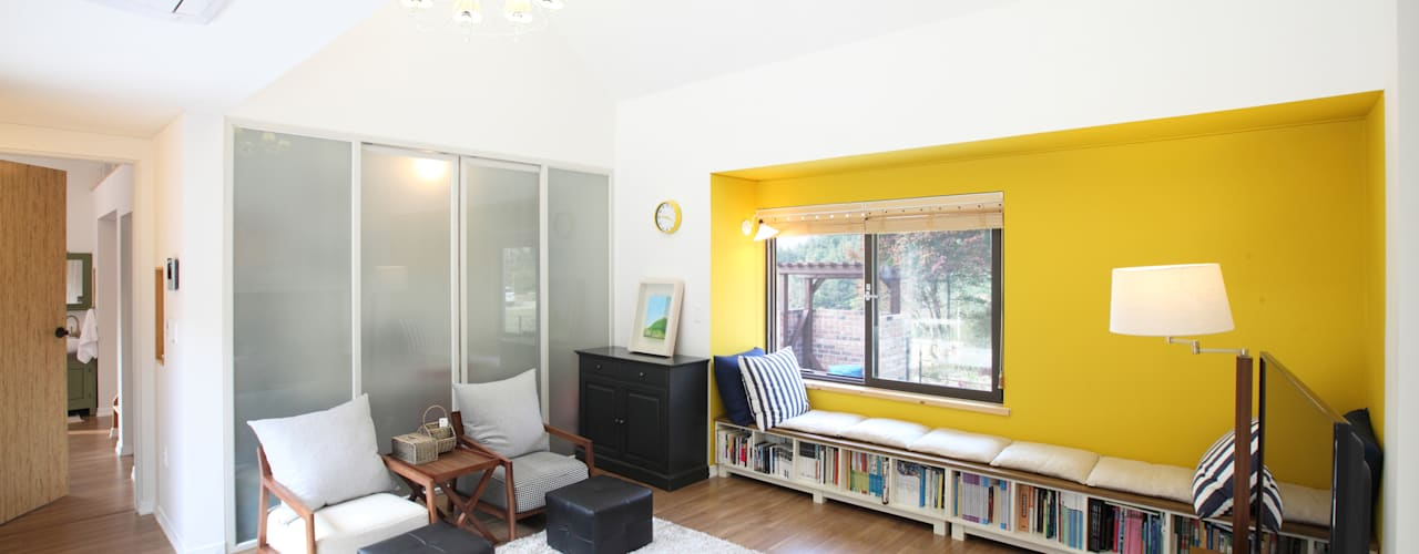 غرفة المعيشة تنفيذ 주택설계전문 디자인그룹 홈스타일토토