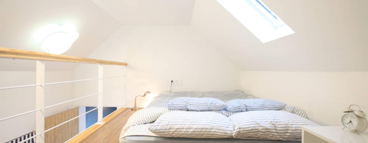 غرفة نوم تنفيذ 주택설계전문 디자인그룹 홈스타일토토 , حداثي