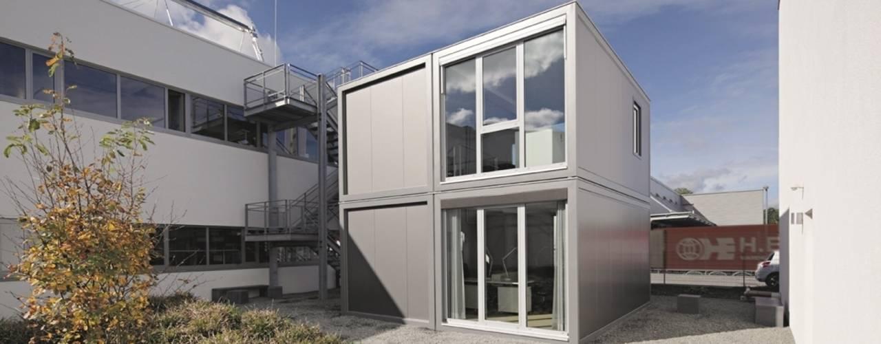 Edificios de oficinas de estilo moderno de addhome by KRAMER GmbH Moderno