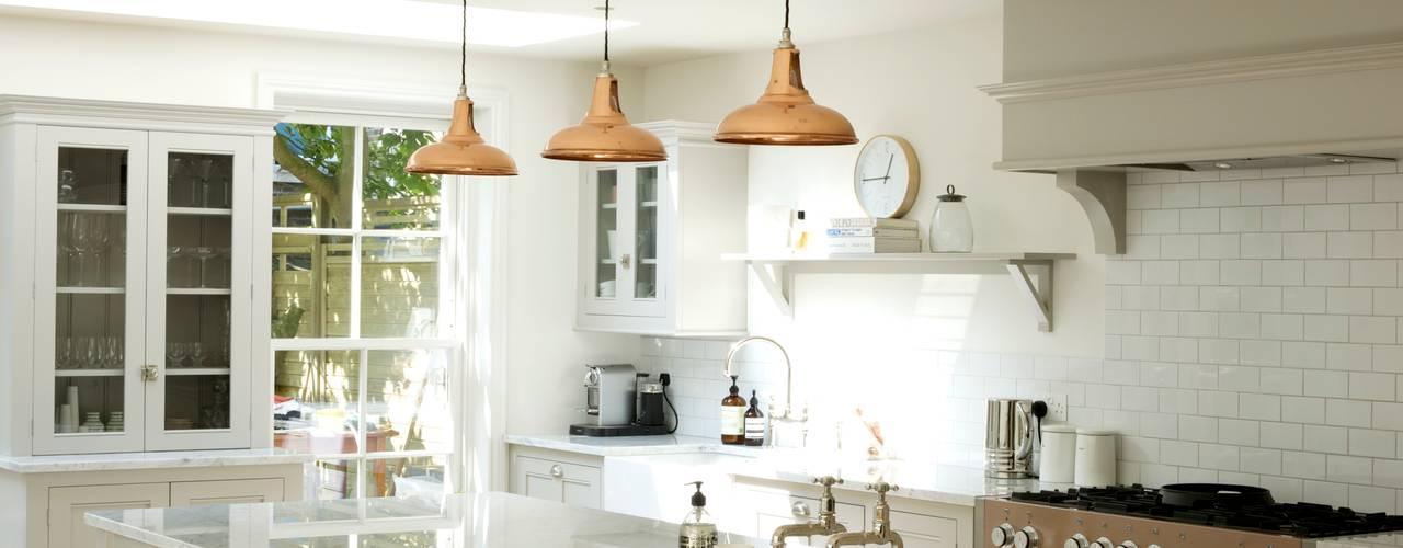 The Clapham Classic English Kitchen by deVOL Cocinas de estilo rural de deVOL Kitchens Rural
