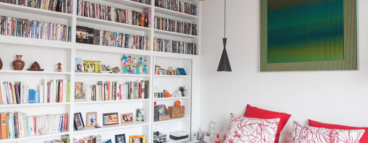 Habitaciones pequeñas de estilo  por Lise Compain