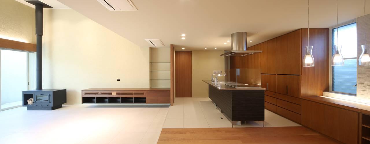 HOME-KS: atelier raumが手掛けたキッチンです。