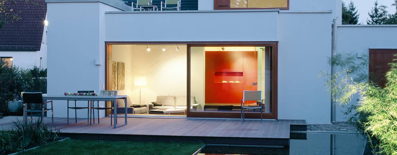 Wohnhaus, München Laim:  Garten von Löffler Weber | Architekten