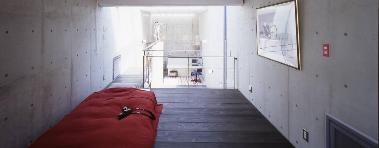 寝室: 久保田英之建築研究所が手掛けた寝室です。