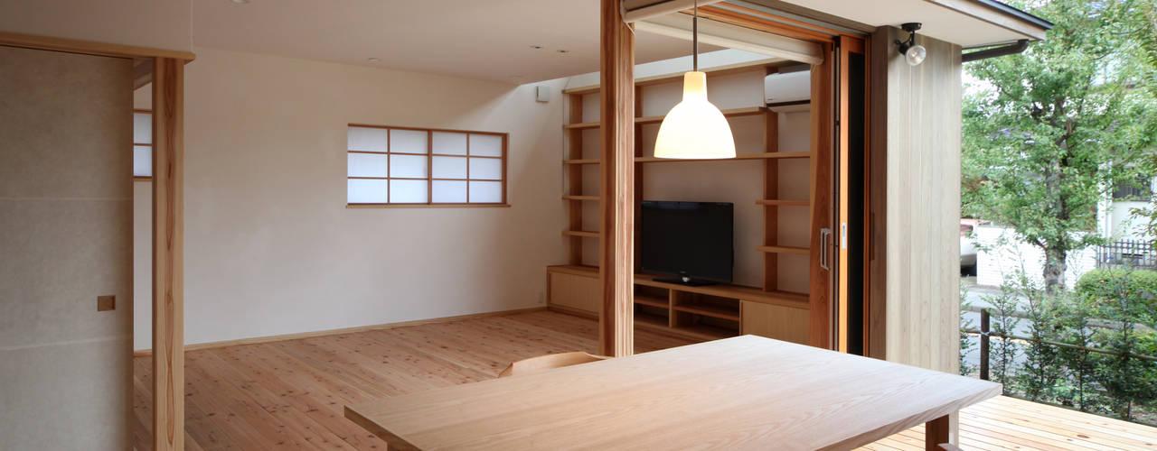 内と外が繋がる家 オリジナルデザインの ダイニング の 瀧田建築設計事務所 オリジナル