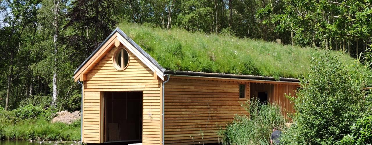 Commercial and public green roofs Casas modernas por Organic Roofs Moderno