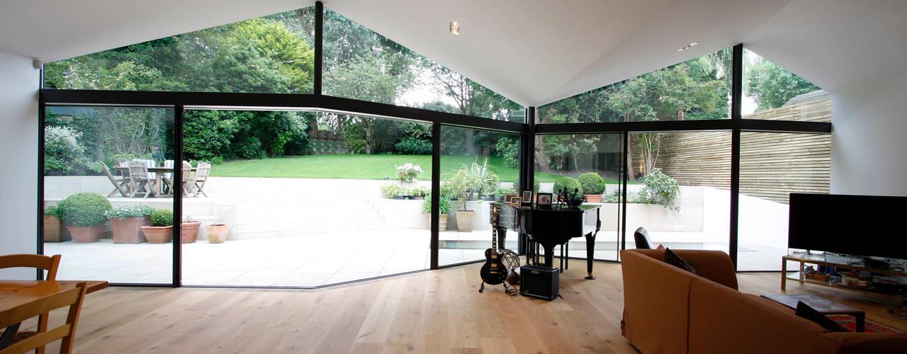 North London House Extension Soggiorno moderno di Caseyfierro Architects Moderno