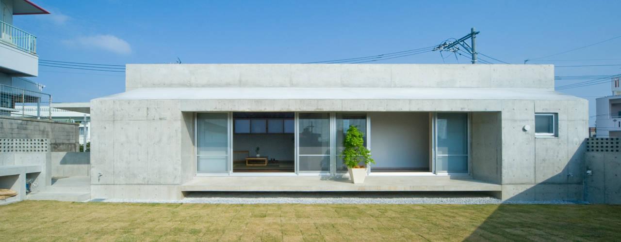 庭の家: プラソ建築設計事務所が手掛けた家です。,モダン