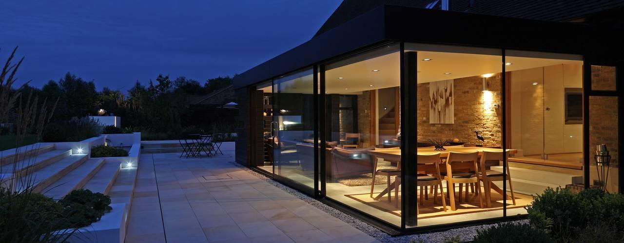 Dovecote Barn Casas modernas: Ideas, diseños y decoración de Nicolas Tye Architects Moderno